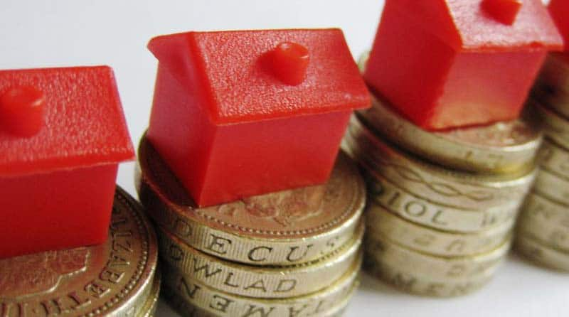 house prices fall in the uk